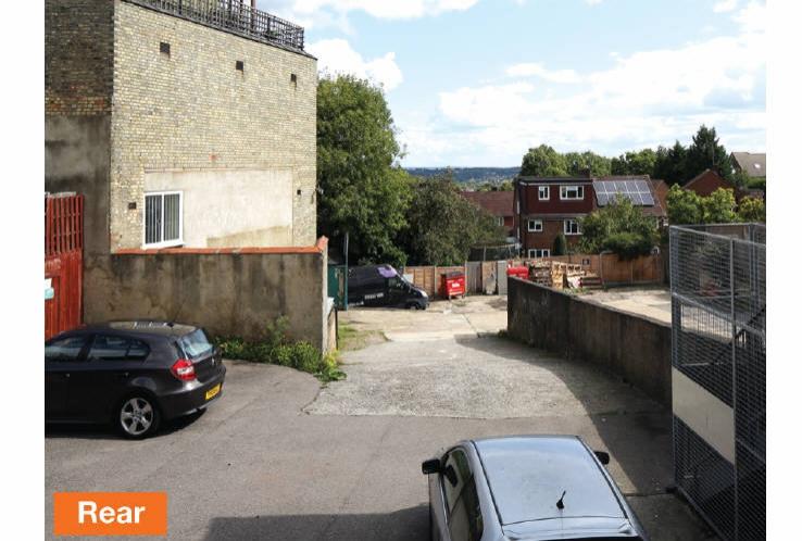 144 - 146 High Street<br>Barnet<br>Greater London<br>EN5 5XP