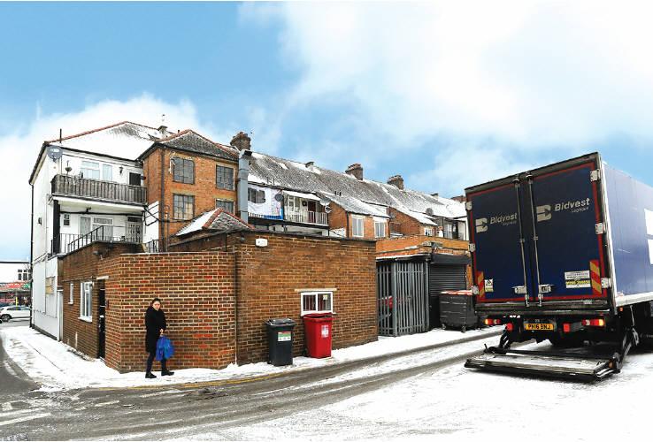 Property Auctions 28mar2018 497 Kingsbury Road London