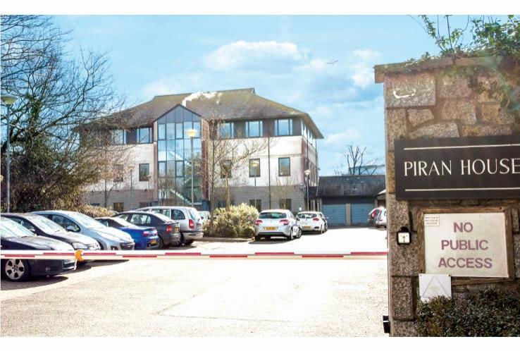 Piran House<br>Nettells Hill<br>Redruth<br>Cornwall<br>TR15 1SL
