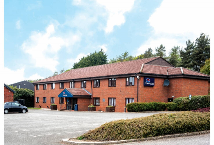Travelodge<br>A90, Kingsway<br>Dundee<br>Tayside<br>DD2 4TD