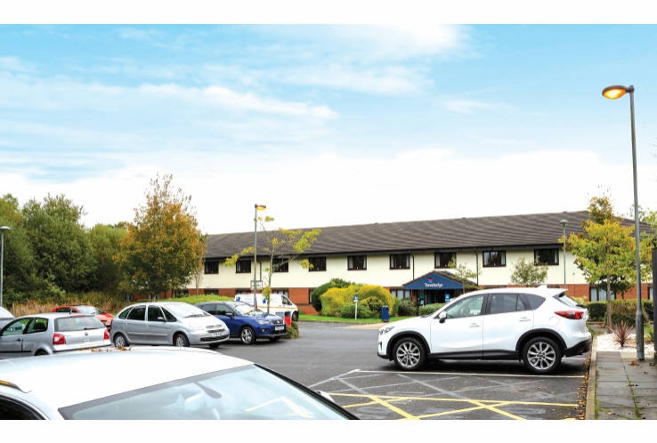 Travelodge St Clears Carmarthen<br>Tenby Road<br>Carmarthen<br>Carmarthenshire<br>SA33 4JN