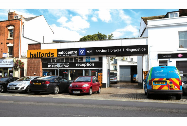 Halfords Autocentre<br>16 Worcester Street<br>Gloucester<br>Gloucestershire<br>GL1 3AB