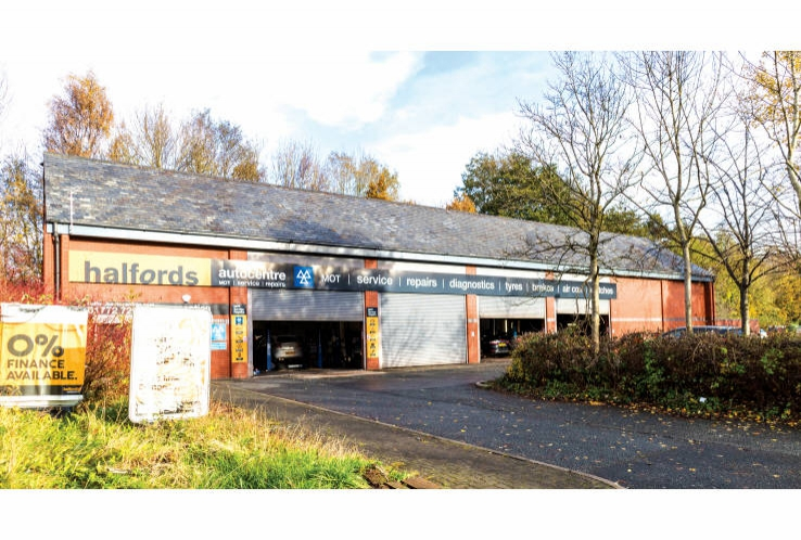 Halfords Autocentre<br>Riversway Retail Park, Mariners Way<br>Preston<br>PR2 2YN