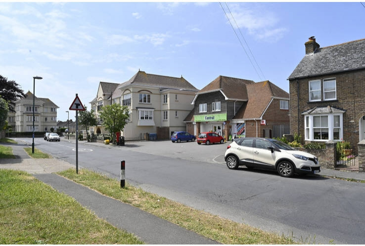 44, 44a and 44b Summerley Lane<br>Felpham, Near Chichester<br>West Sussex<br>PO22 7HX
