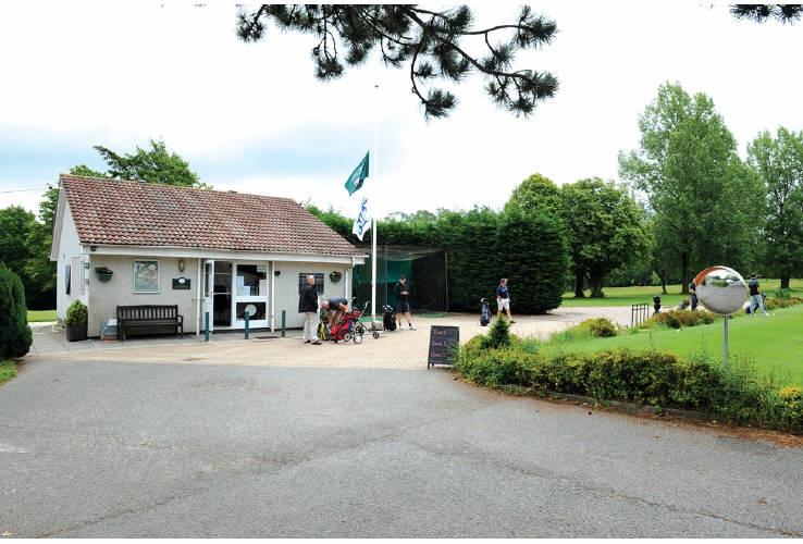 North Downs Golf Club, Northdown Road, Woldingham, Caterham, Surrey, CR3 7AA