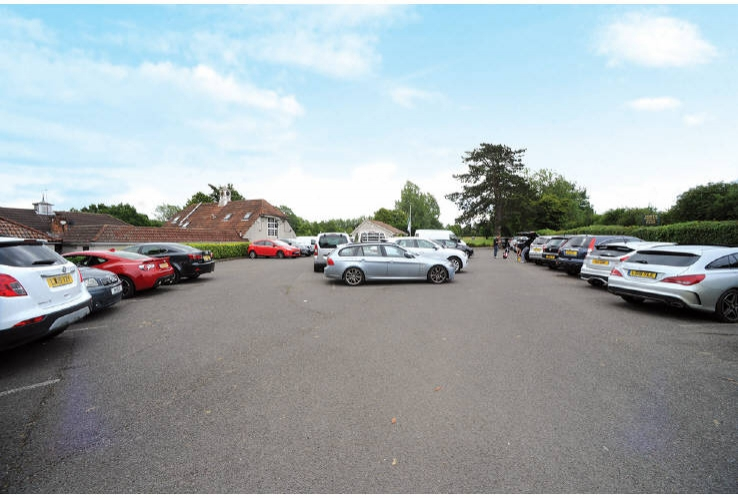 North Downs Golf Club<br>Northdown Road, Woldingham<br>Caterham<br>Surrey<br>CR3 7AA