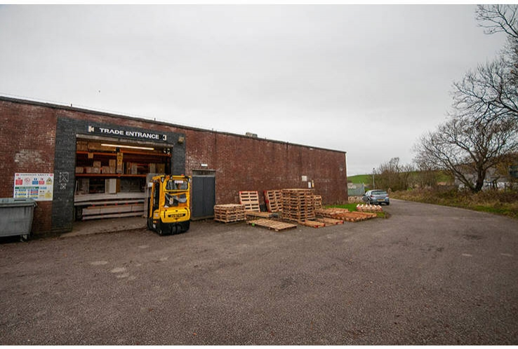 Howdens Joinery, Unit A, 8 Snipefield Industrial Estate<br>Tarbet Road, Drumore<br>Campbeltown<br>Argyll & Bute<br>PA28 6SY
