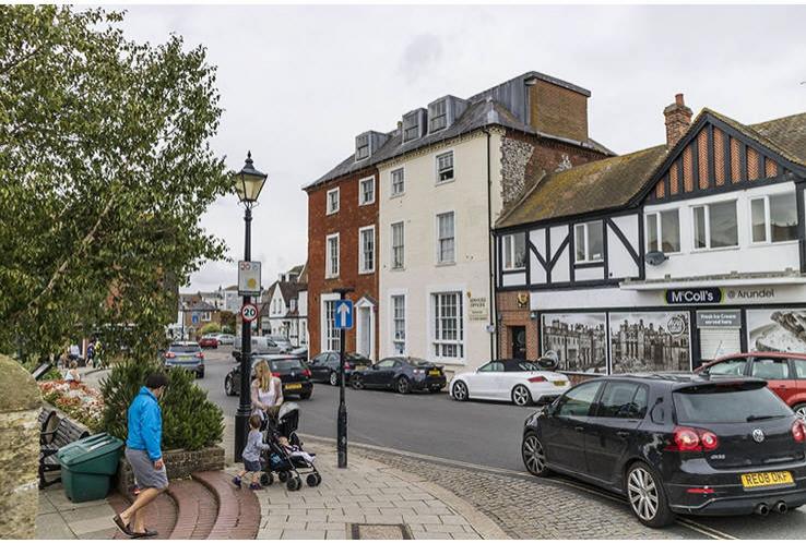 Old Bank House<br>1-3 High Street<br>Arundel<br>West Sussex<br>BN18 9AD