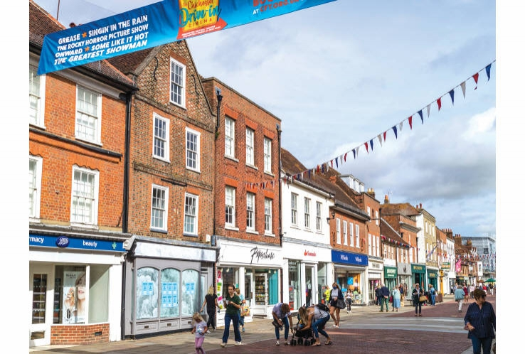 14 North Street<br>Chichester<br>West Sussex<br>PO19 1LB