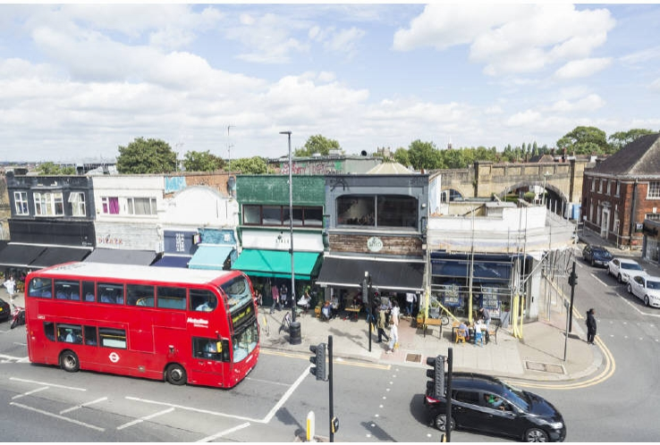 105 Golders Green Road<br>Golders Green<br>London<br>NW11 8HR