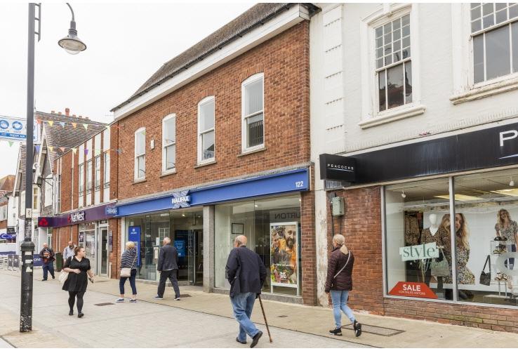 122 High Street, Bromsgrove, Worcestershire, B61 8ES
